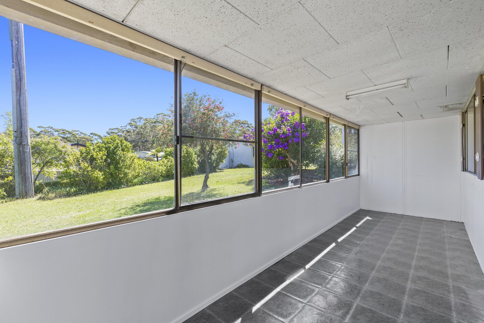 117/57 empire bay drive, kincumber, 2251 australia - wiseberry real