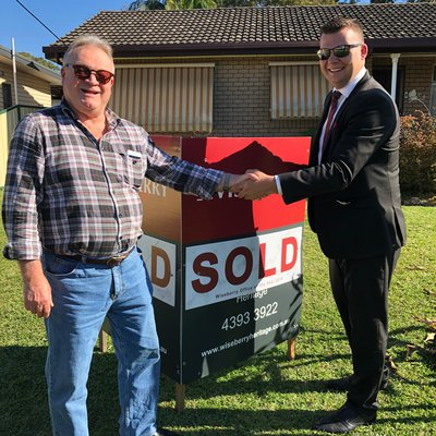 """""""Congratulations Jeff! <br \/>After been listed on the market with 2 other agents for over 6 months and we helped Jeff sell in just 9 days!"""""""