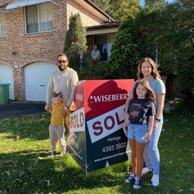 """""""Congratulations to Nikki and Geoff of the purchase of your family home.\ud83d\udc4f\ud83d\udc4f Welcome to the coast!"""""""