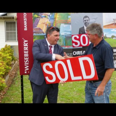 ENFIELD PROPERTY SOLD AT AUCTION!