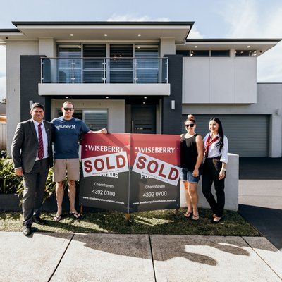 ""\ud83cudf89WOONGARRAH SOLD RECORDud83cudf89<br />Congrats to our vendors and our new purchasers - cheers to new beginnings.<br />$1,010,000 @ 8 Helios St, Woongarr""400|400|?|ba1d021266a24f18a49b5b6451d3bca2|False|UNLIKELY|0.31161031126976013
