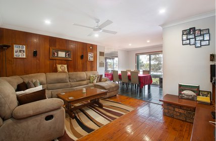 """JUST HIT THE MARKET: 10 Gipps St, Bradbury!<br \/>3 bed 