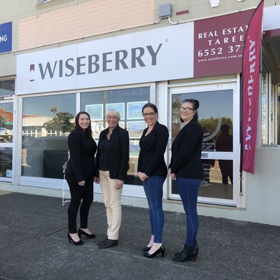 """Wiseberry Taree showing their support for Jeans for Genes Day - are you wearing your jeans today ?"""